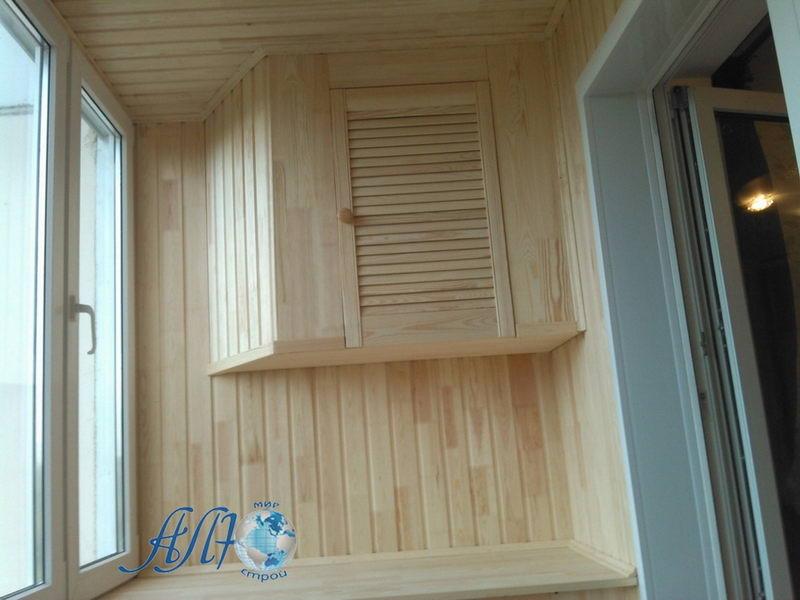 настенный шкафчик на балкон