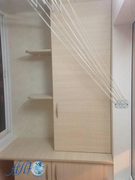 сделать шкаф на балконе фото